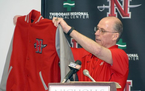 Colonels fill needs in 2011 recruiting class