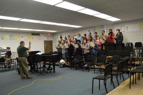 Nicholls concert choir preparing for Christmas concert