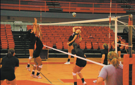 Colonels go undefeated in tourney