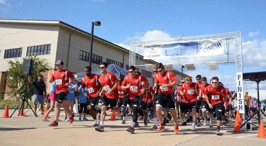 Nicholls Baseball team starts race for Tri Sigma's annual Running for Robbie Saturday October 15, 2016.