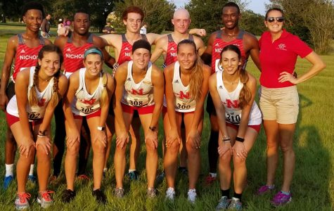 Cross country runs in UNO Invitational