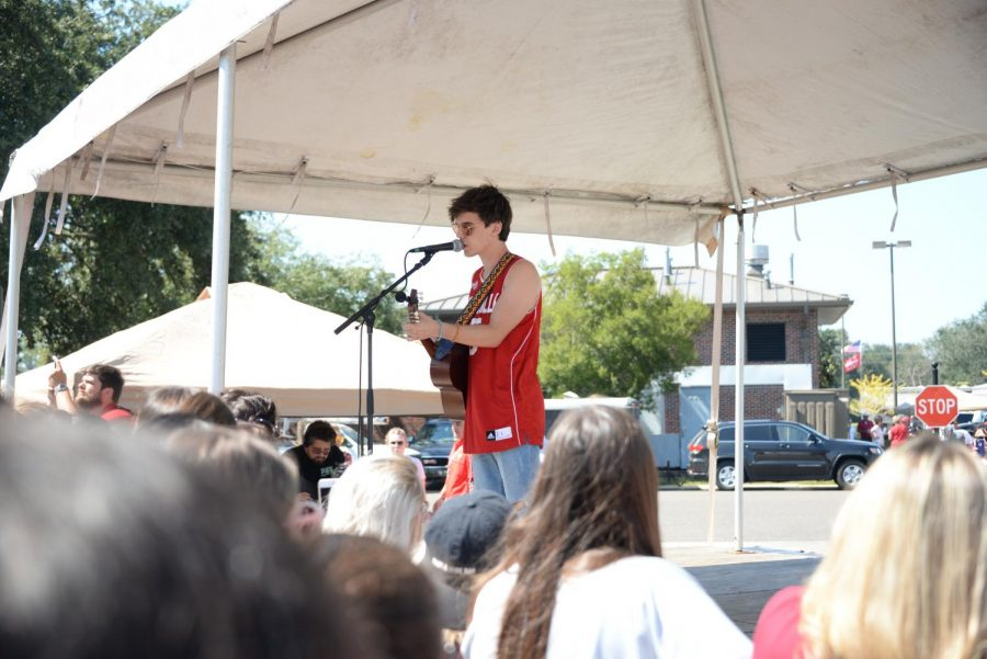 American Idol star McKenzie Bourg, from Lafayette, performs during homecoming tailgating on Oct. 8, 2016.