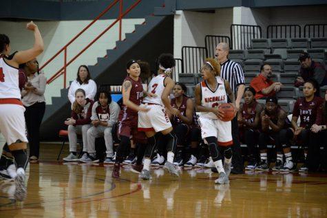 Women's basketball cruises past SUNO and Jackson State