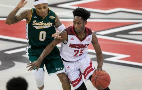 Wins keep rolling for men's basketball