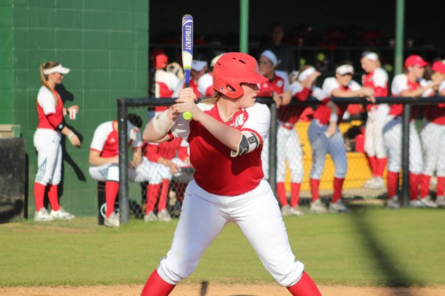 Softball's winning streak ends in Hammond