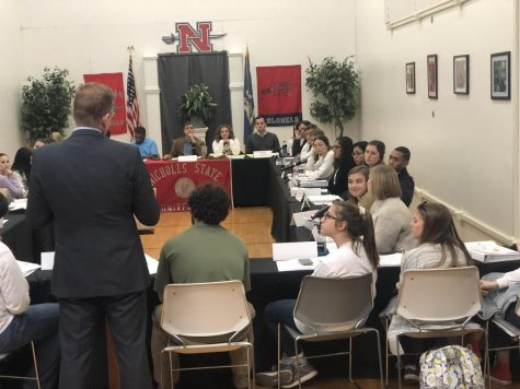 SGA hosts last meeting of the 2018 fall semester