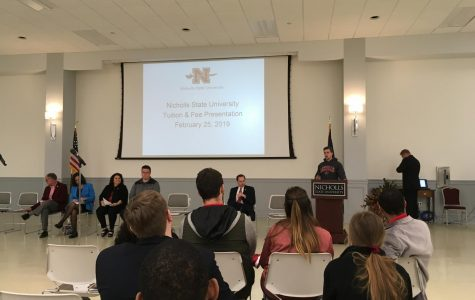 Town hall meeting discusses student fees