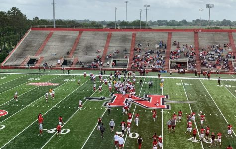 White team secures spring game victory in defensive battle